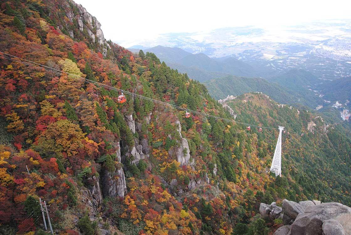 秋の御在所ロープウエイ