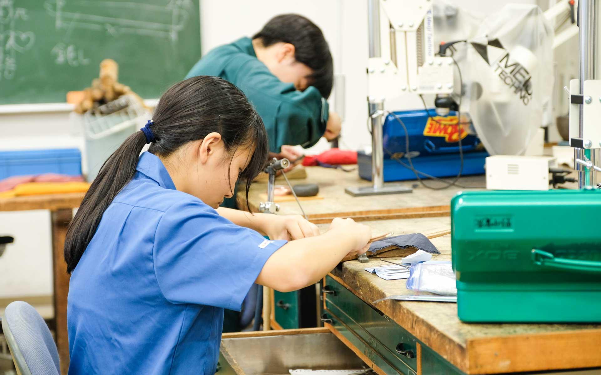 都立工芸高校では何が学べるのか。授業や学校生活、卒業後の進路を聞いた