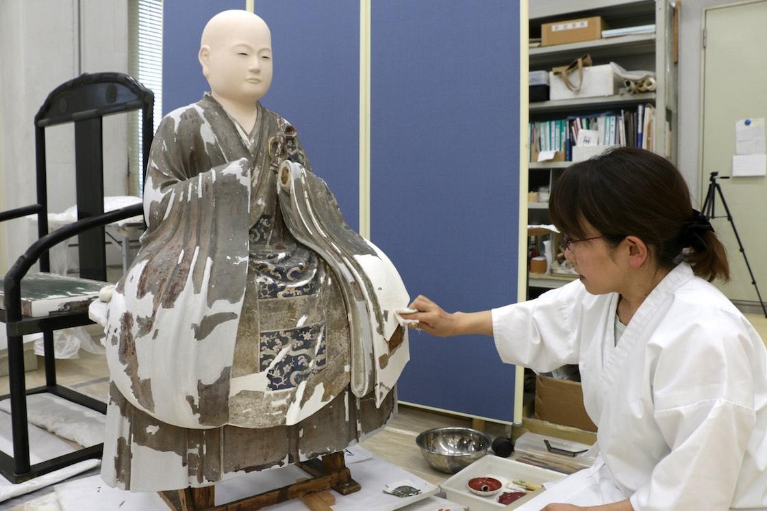こちらが仙寿院宮坐像