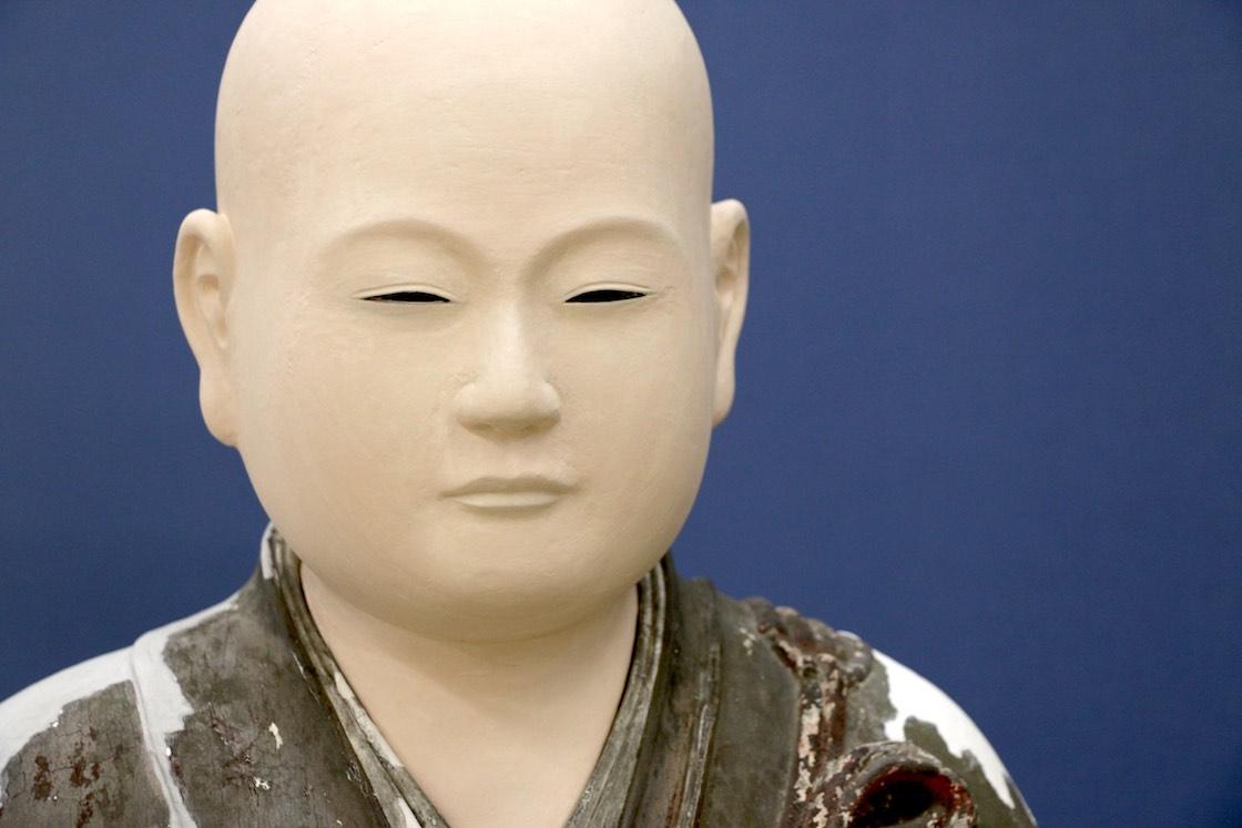 こうして肌色が整えられた仙寿院宮像。ふっくらと柔らかな印象