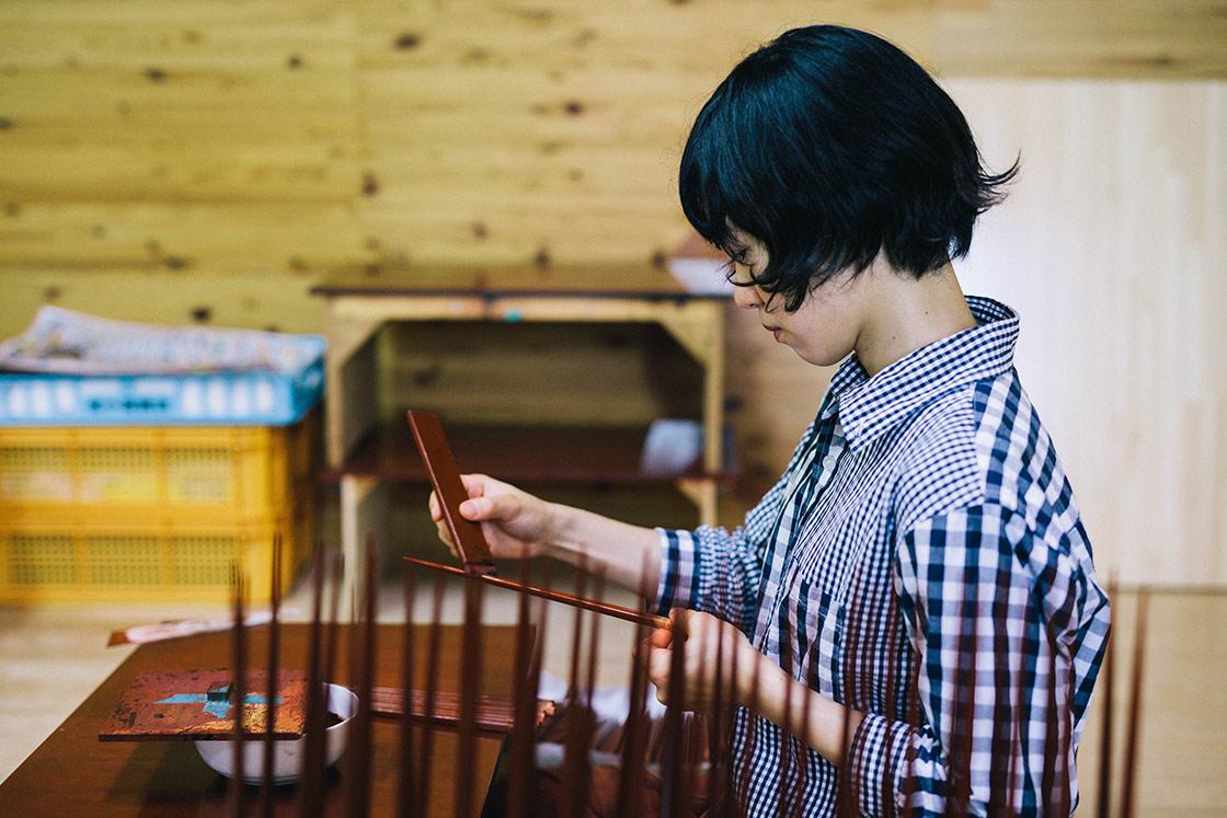 今年6月、塗師になるため名古屋からやってきた梅山愛子さん