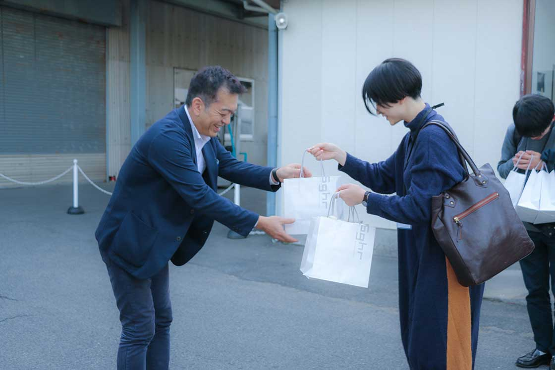 最後は菅原社長直々にお土産もいただきました