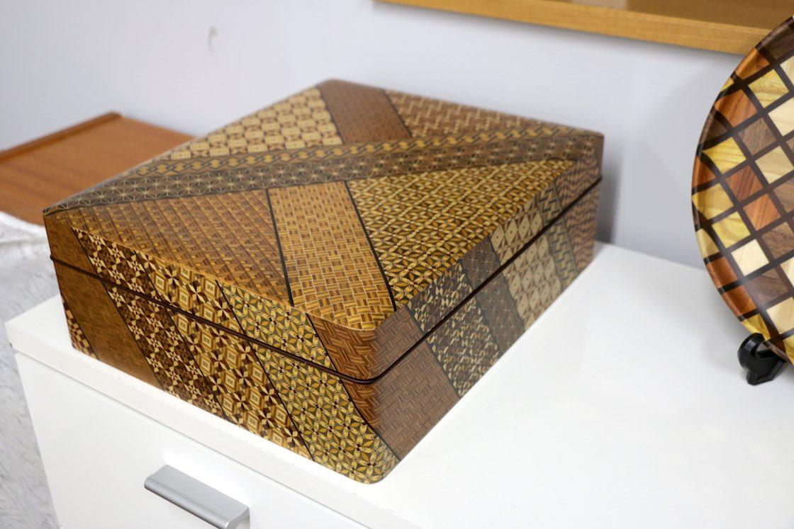 従来型の寄木細工の作品