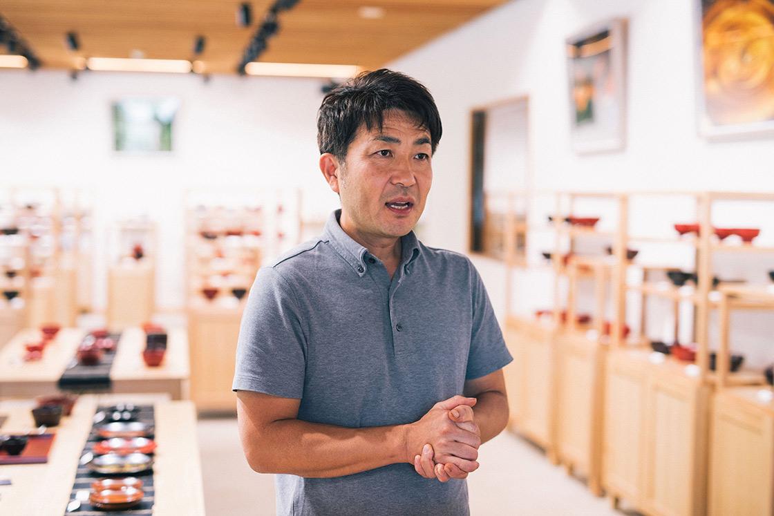 塗師の小田島勇さん