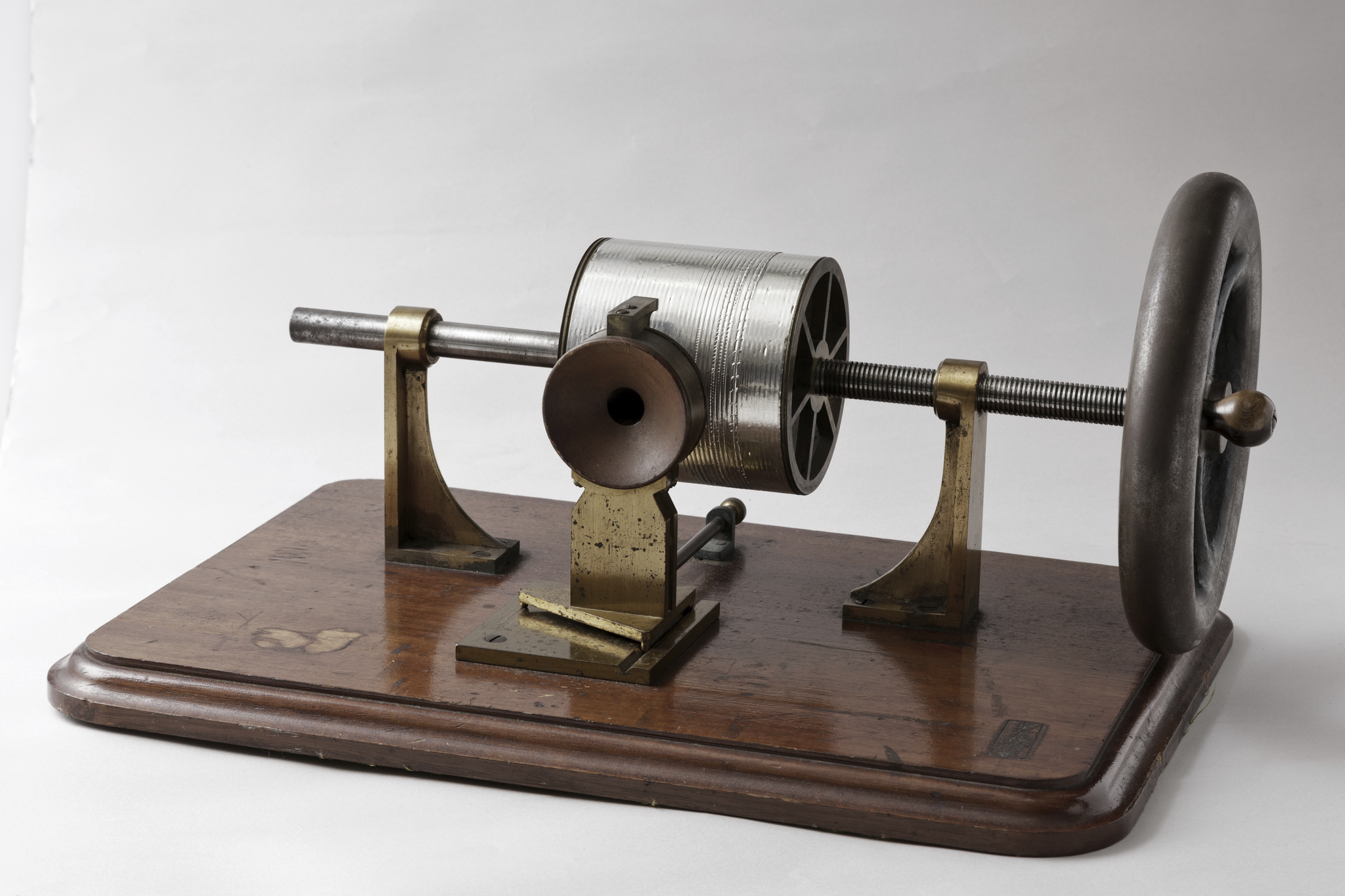 「日本を変えた千の技術博」 「蘇言機」 所蔵:国立科学博物館