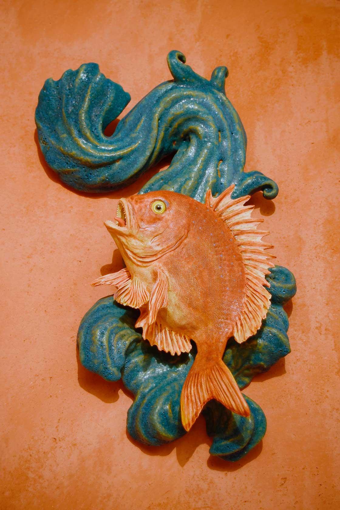 長瀬渉:真鯛陶壁掛青海図