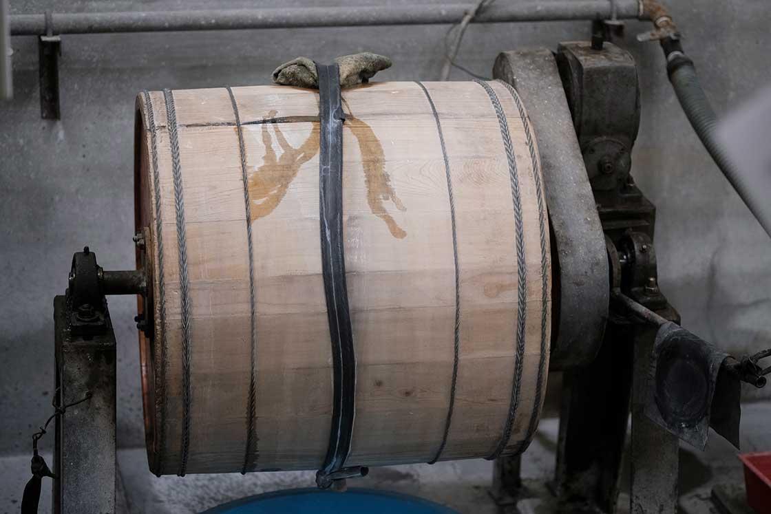 樽磨き用の樽
