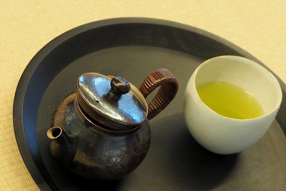 急須で淹れる日本茶