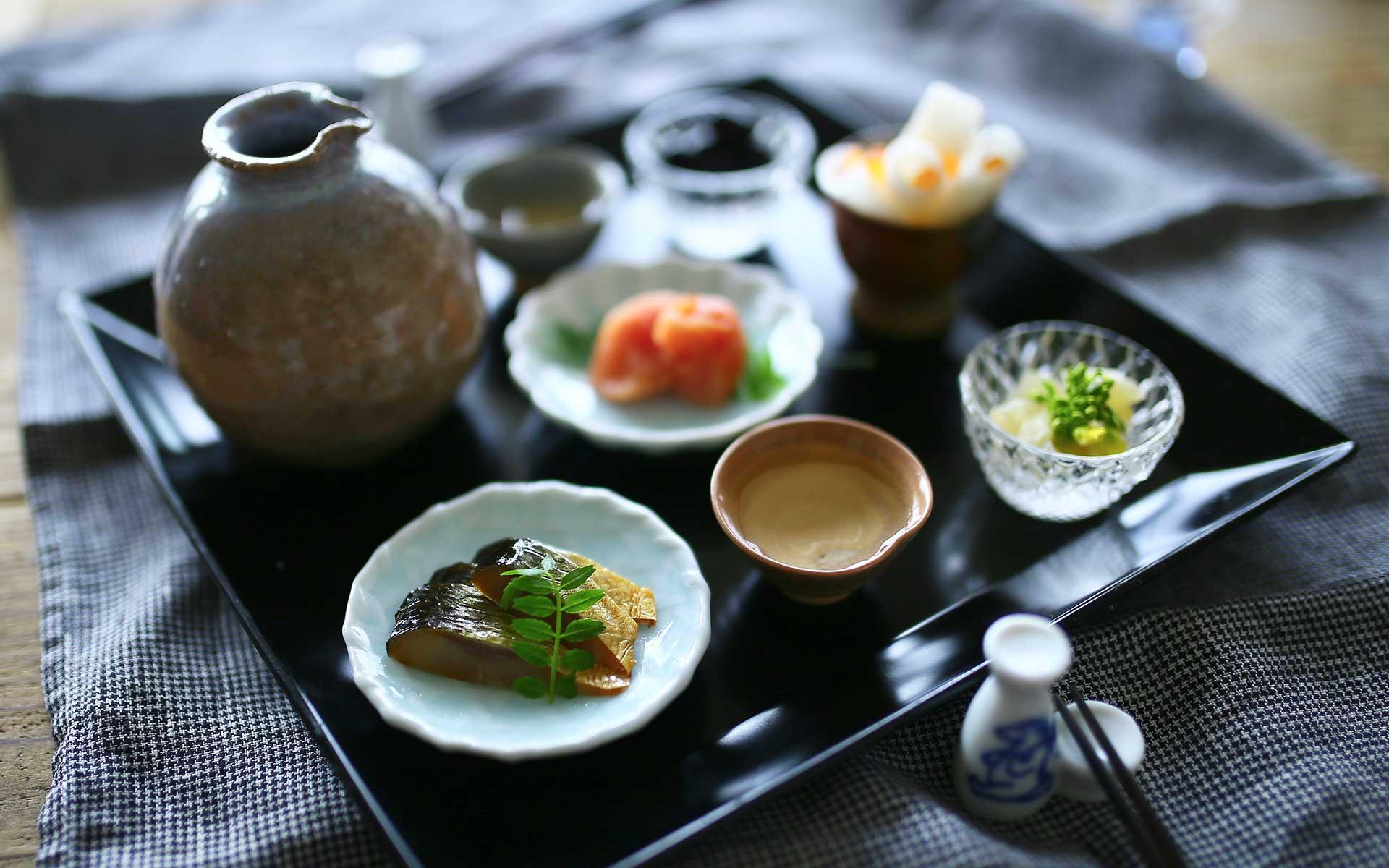 鍋島焼の豆皿