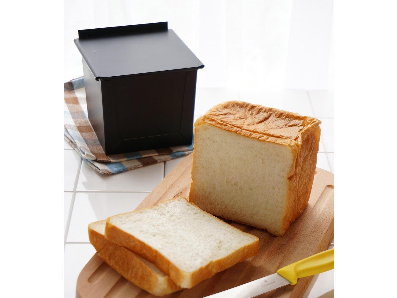 ちなみに、テフロン加工は糖分に弱いためパン作り向き。お菓子作りにはシリコン加工がおすすめなのだそう