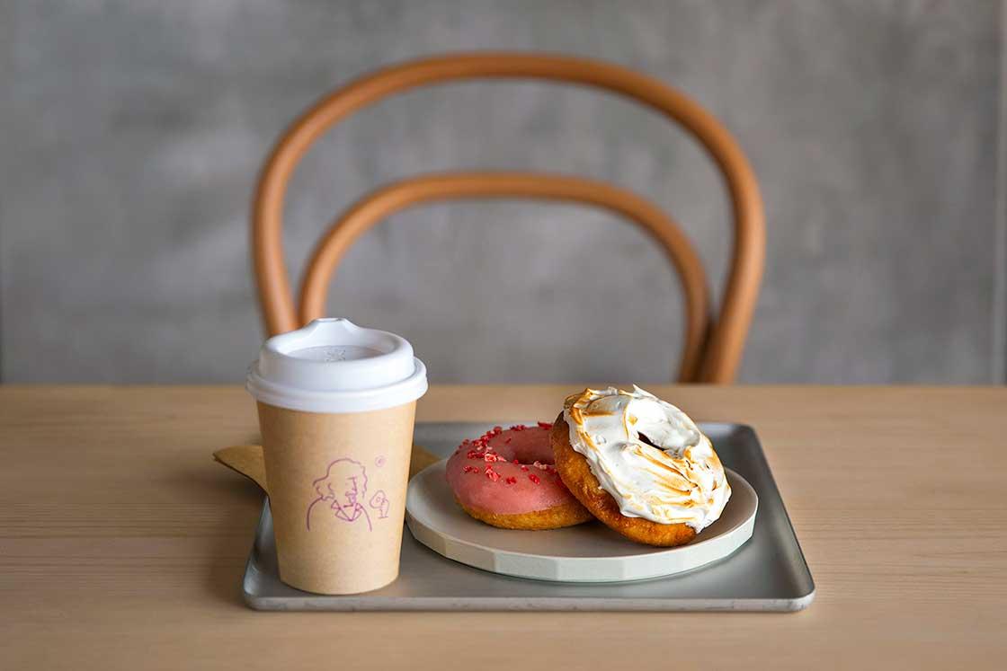 長場雄・コエ ドーナツ(koe donuts)