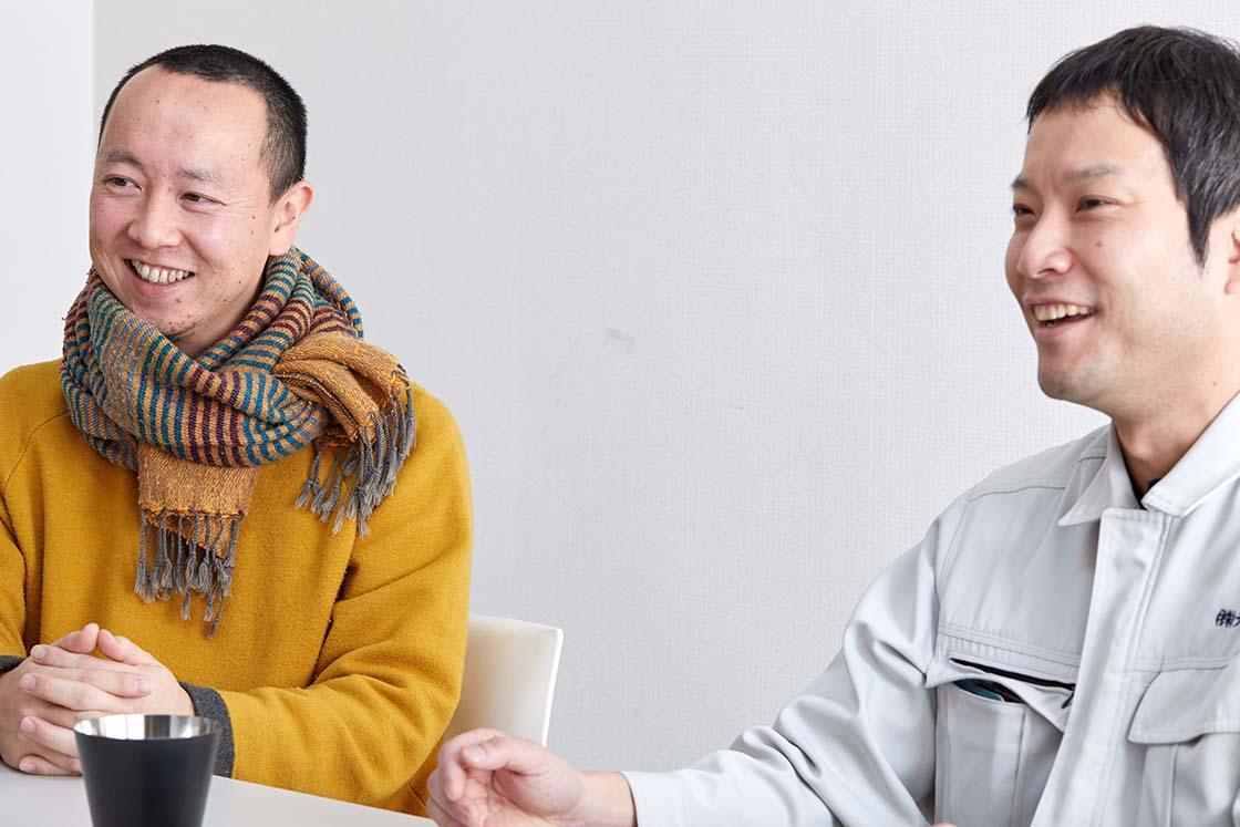 NISHIMURA DESIGNの西村さん(左)とテーエムの渡辺さん