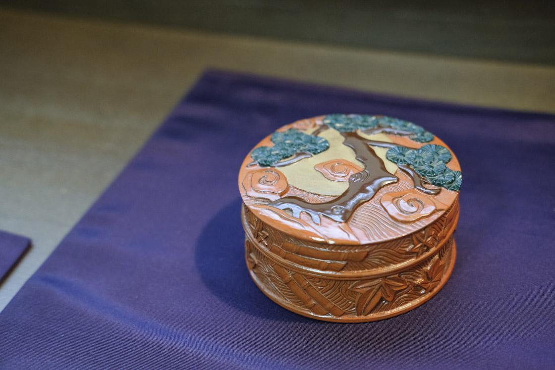 鎌倉彫の香合