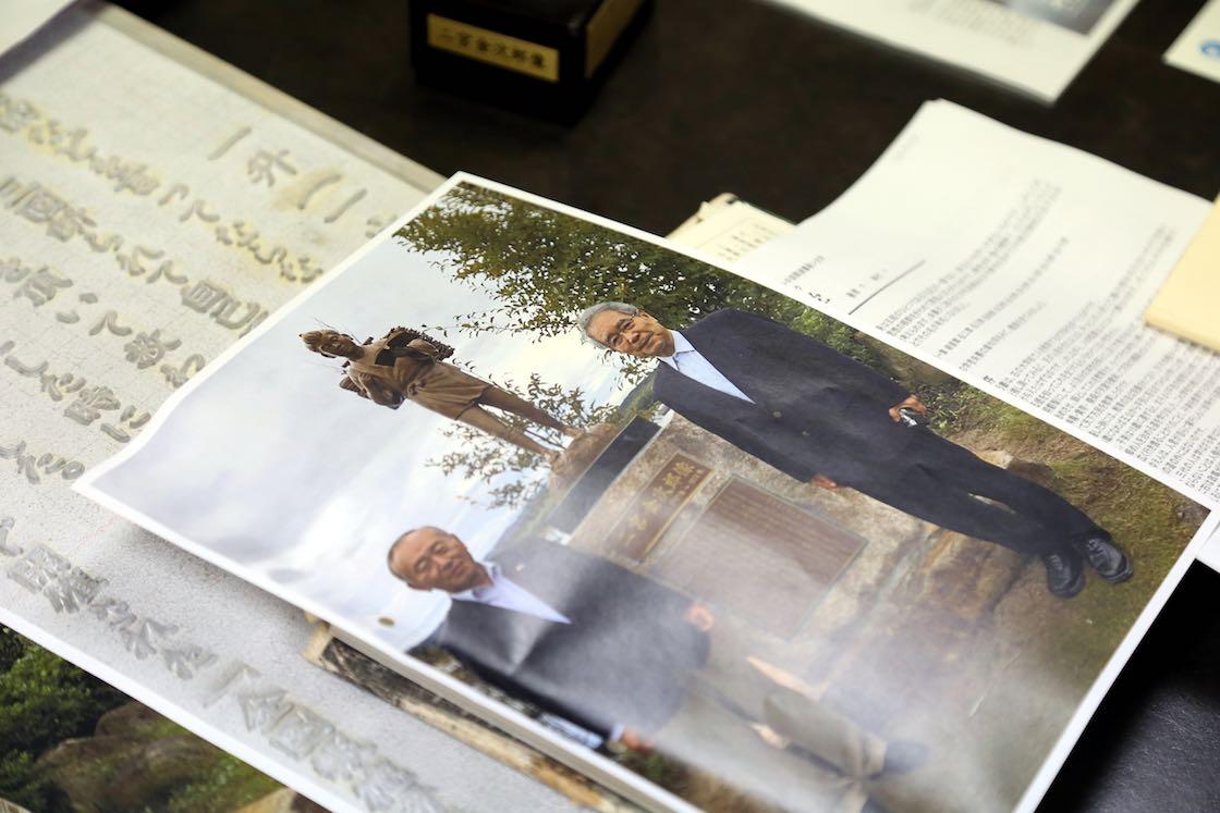 ある企業さんで新たに製造した像のお披露目の時の様子。藤田社長も立ち会いました