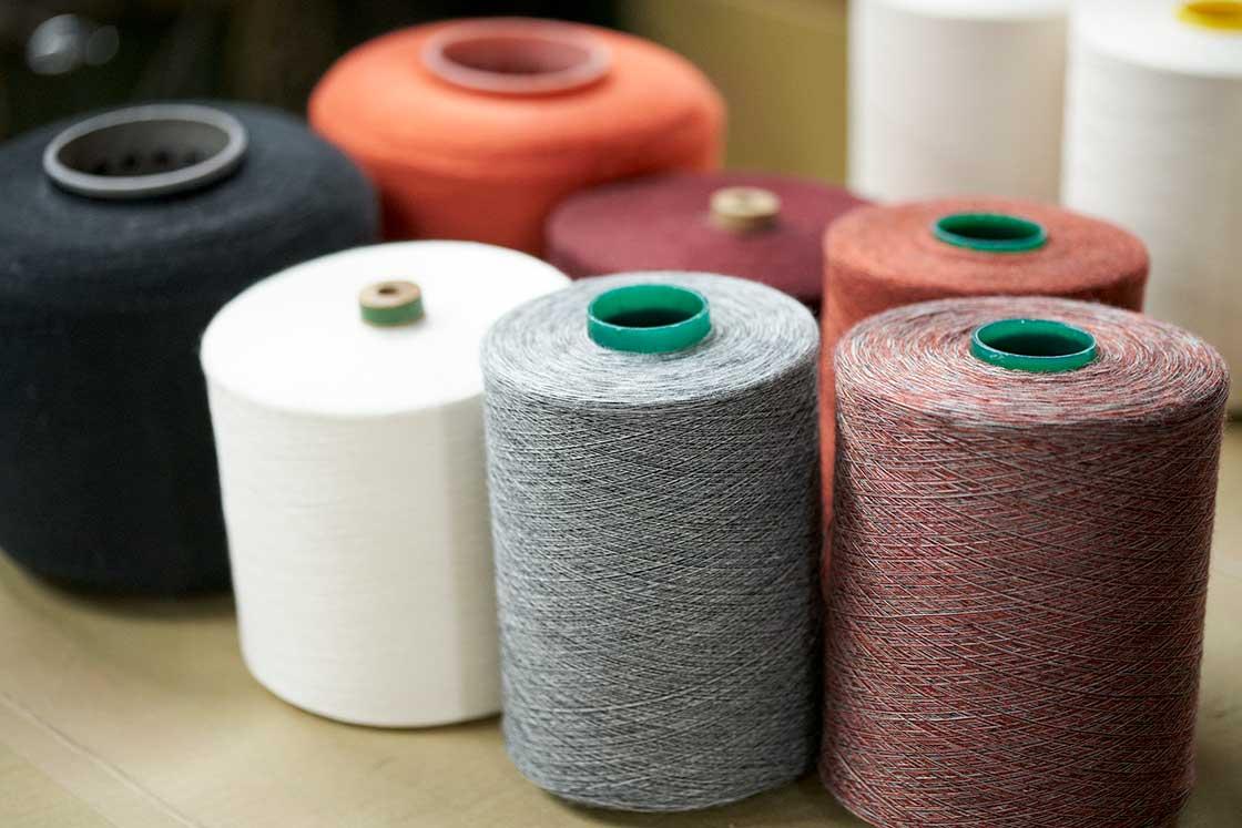 自社で開発している糸
