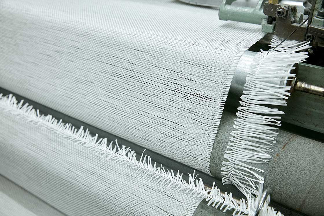 こちらは経 (たて) 糸も緯 (よこ) 糸も、紙の糸が使われていました!