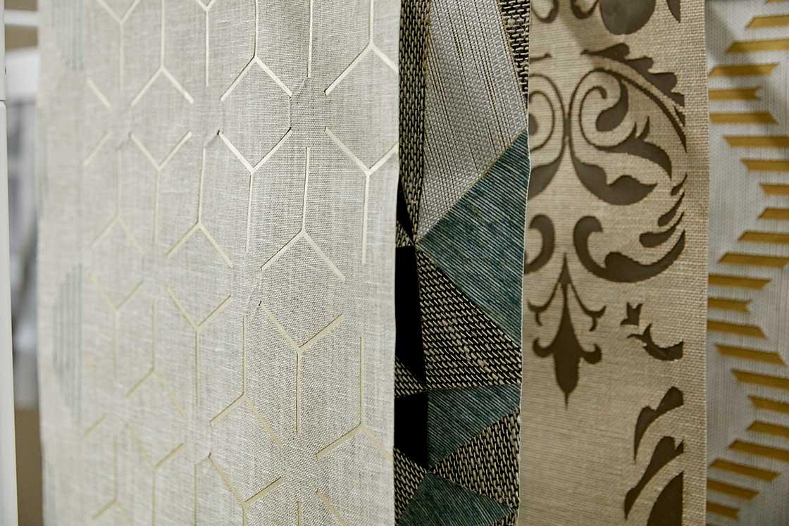 時代の変化とともに襖紙から織物壁紙へ