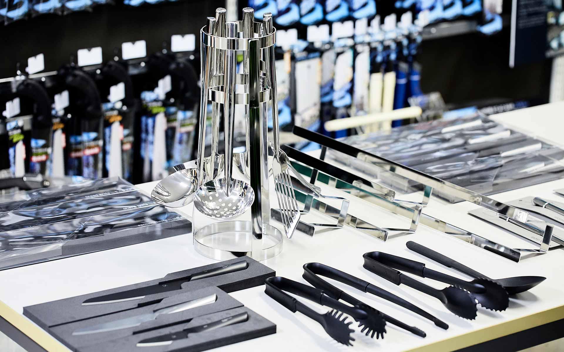 魅せるキッチンツール「DYK」で、三条市の老舗大工道具商社が挑む新市場