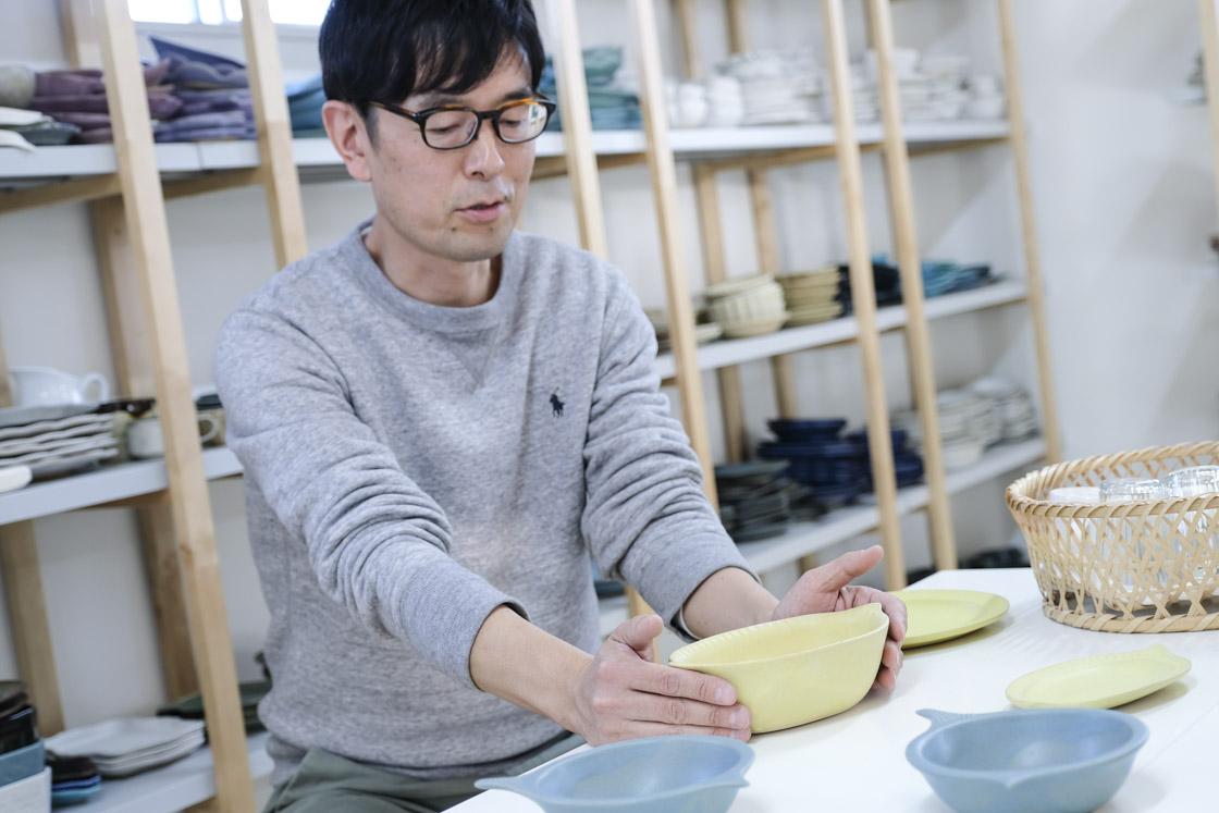 「お皿は料理と常に組み合わせ」と吉澤さん