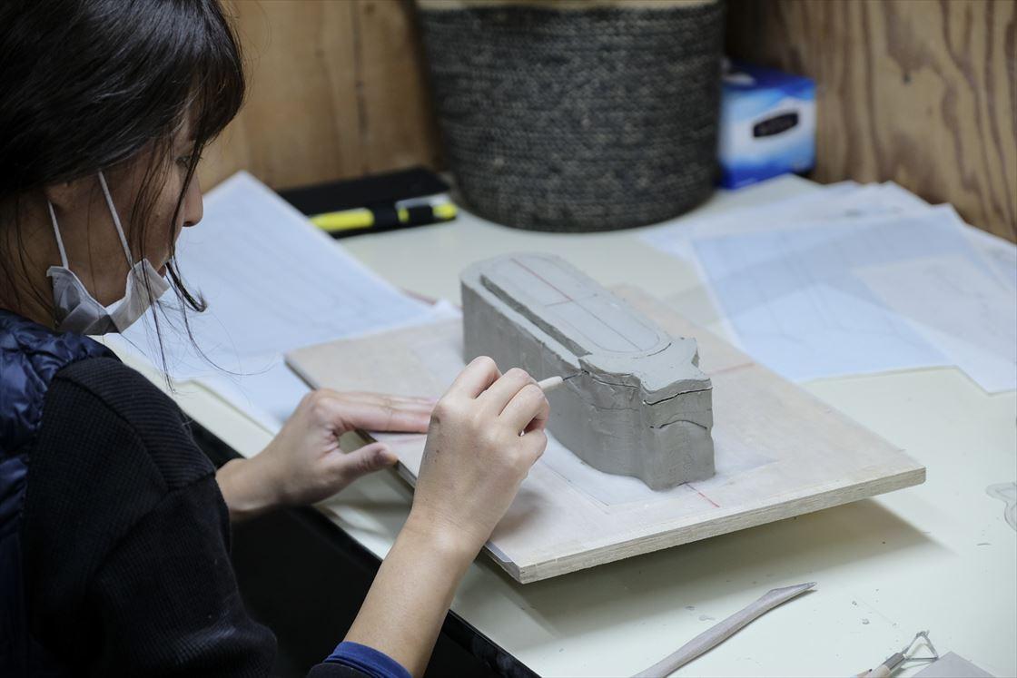石膏型を緻密に作り上げます