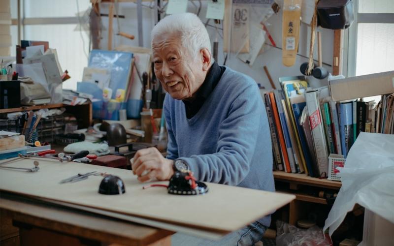 武将の鎧を再現し続ける江戸甲冑師の加藤鞆美さん