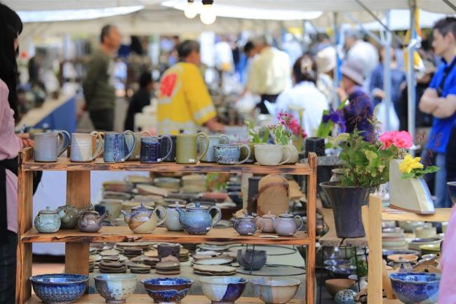 10万人以上が押し寄せる人気の陶器市が、5/25~27に開催