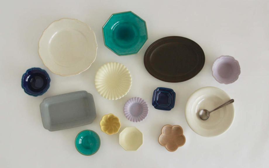 淡路島の美しい日用食器「Awabi ware」の個展が開催中!新作も含めた800点を「御茶屋跡」で楽しむ