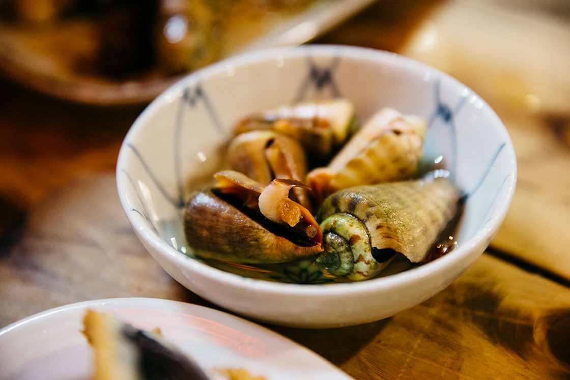 高知の老舗居酒屋・葉牡丹のチャンバラ貝
