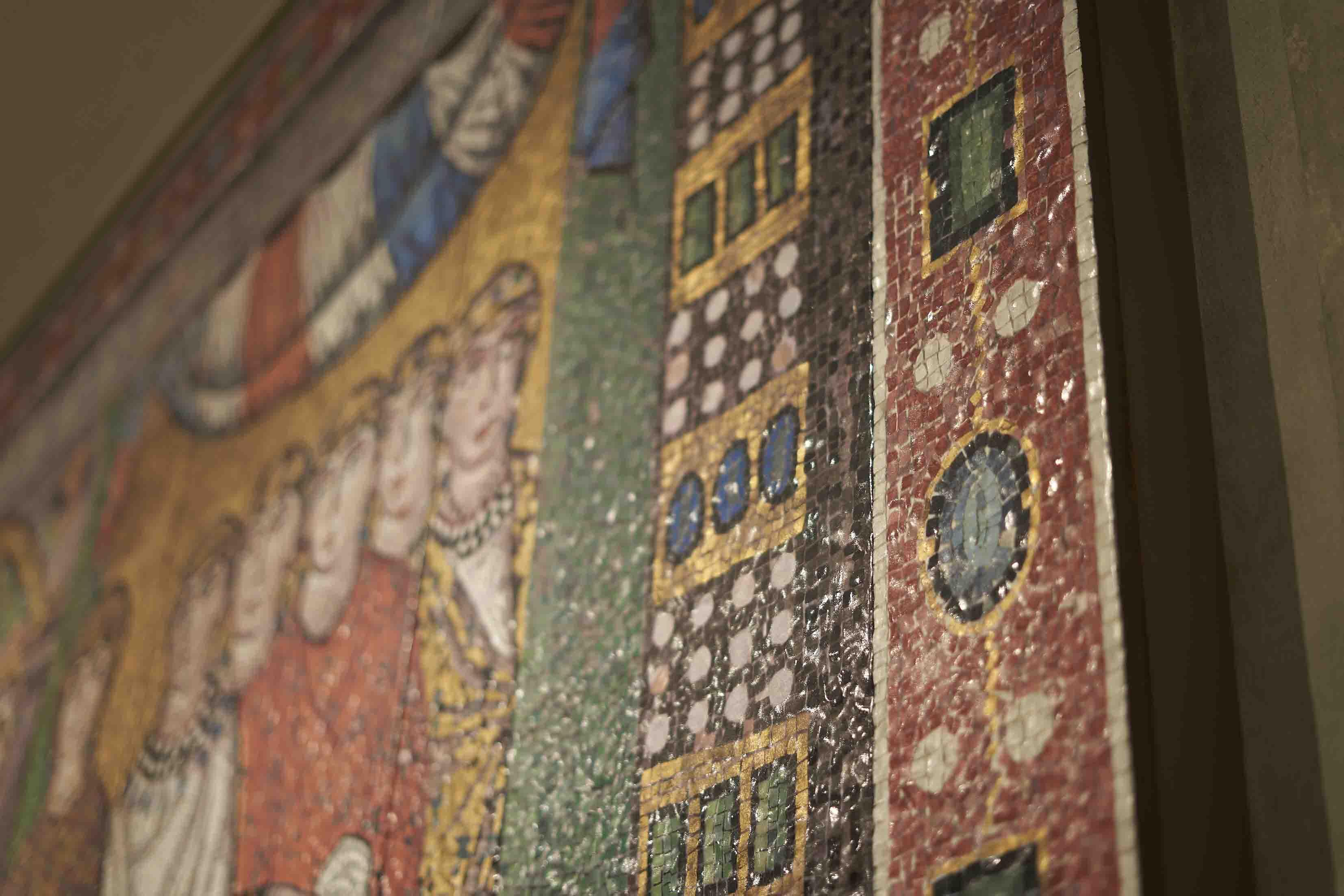 サン・ヴィターレ聖堂 ラヴェンナ「皇妃テオドラと侍女たち」