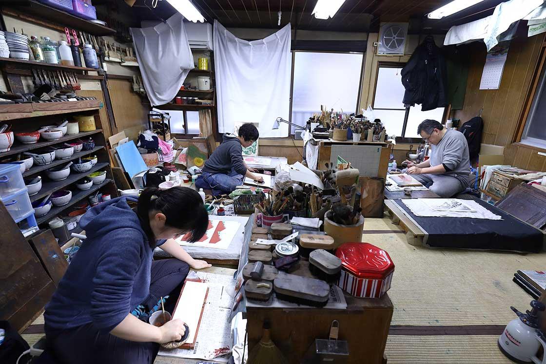 現代にも求められる木版印刷。若者が摺師を目指すわけ
