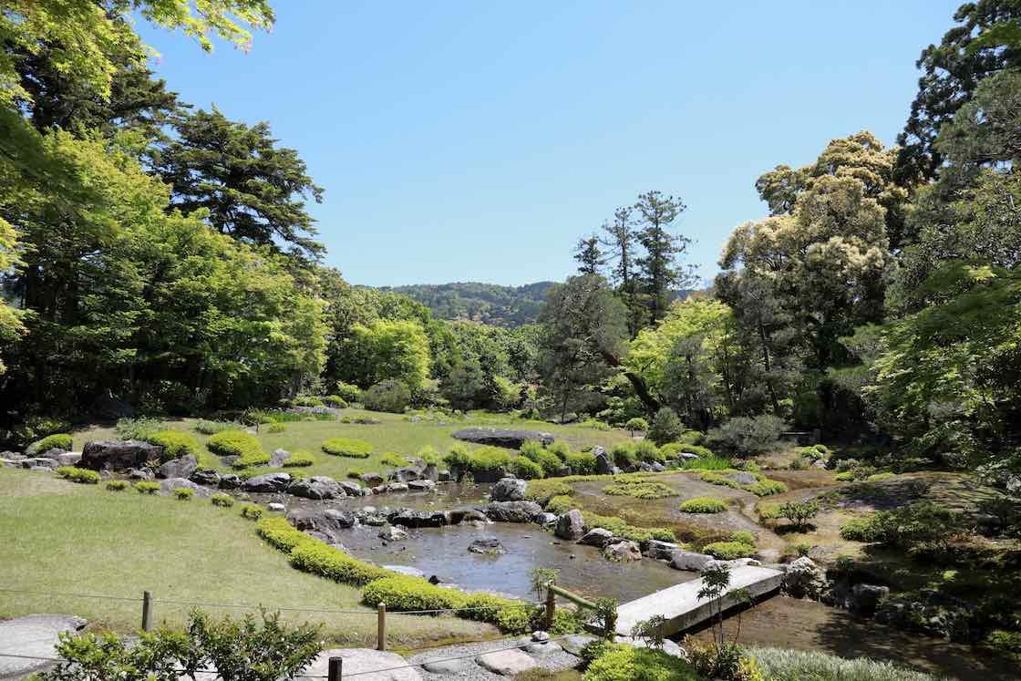 明治期に山縣有朋の別邸として作られた、京都・南禅寺近くの「無鄰菴」。植彌加藤造園が指定管理者を務める国指定の名勝