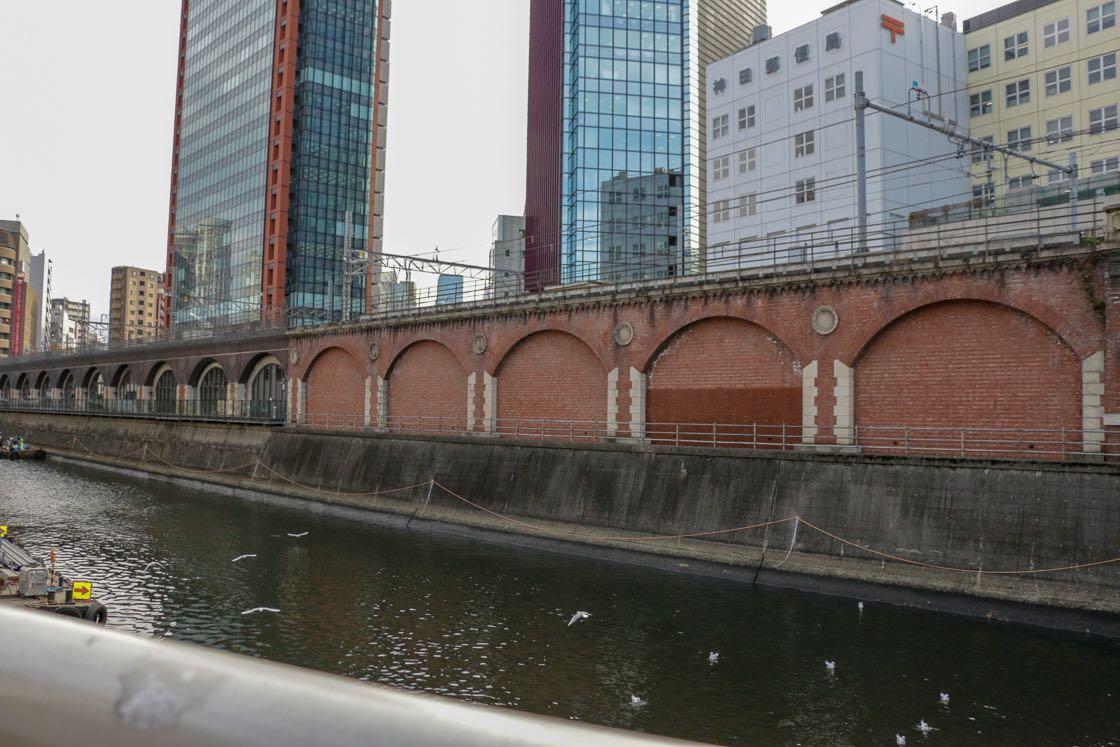 万世橋高架橋