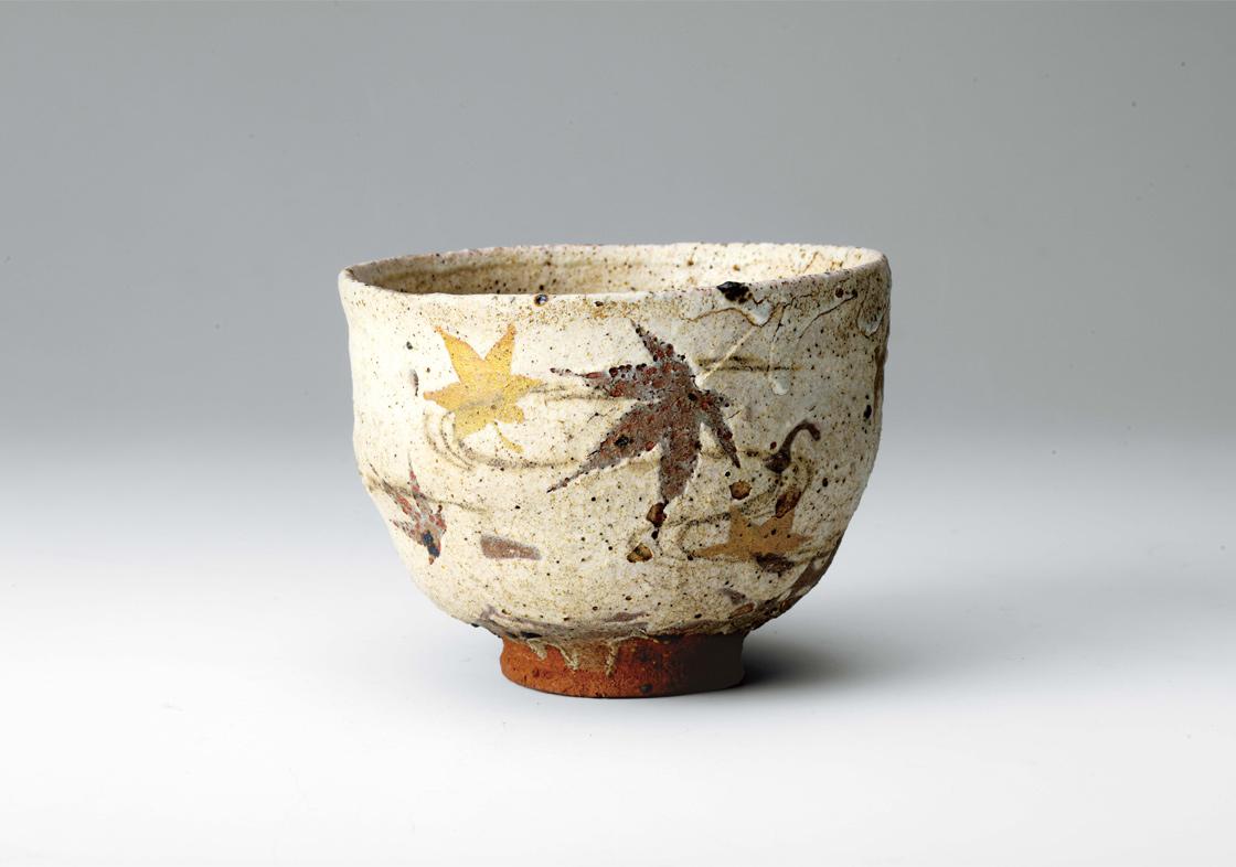 川喜田半泥子《粉引茶碗 銘「たつた川」》1945-54年(昭和20年代) 石水博物館蔵