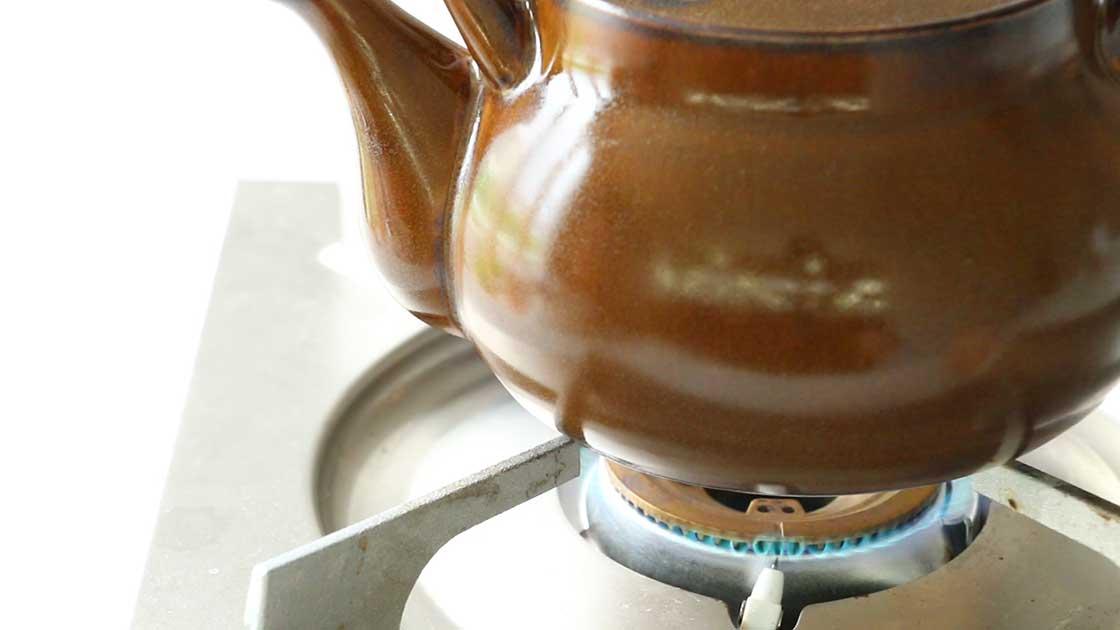萬古焼の耐熱土瓶、湯呑