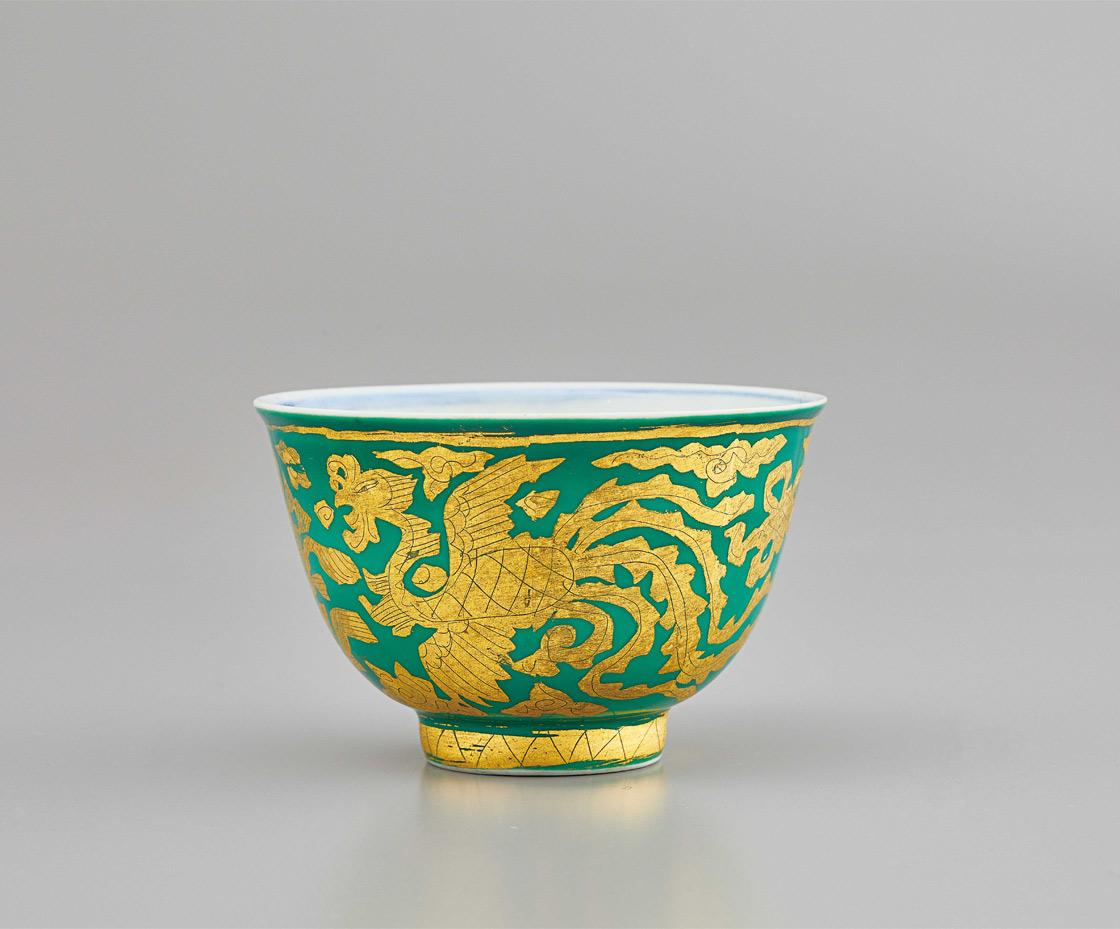 北大路魯山人《萌葱金襴手鳳凰文煎茶碗》   1939(昭和14)年 中野邸記念館