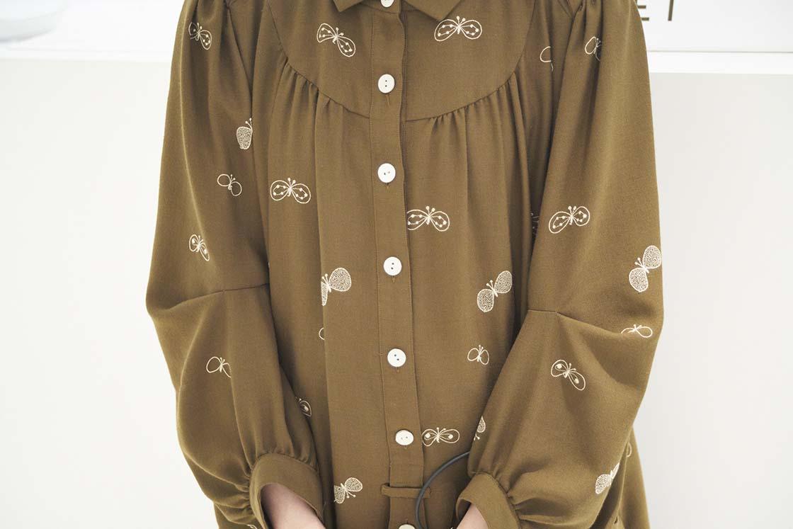 青森県立美術館の制服