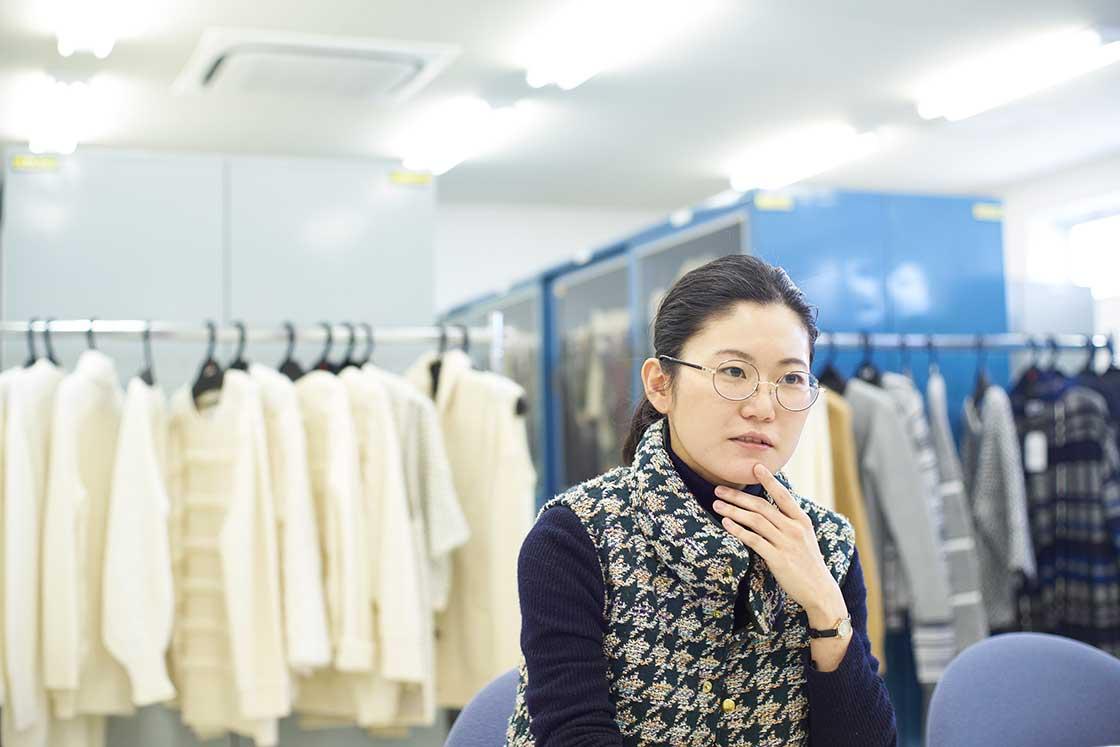 米富繊維で営業を担当する渡邊あゆみさん