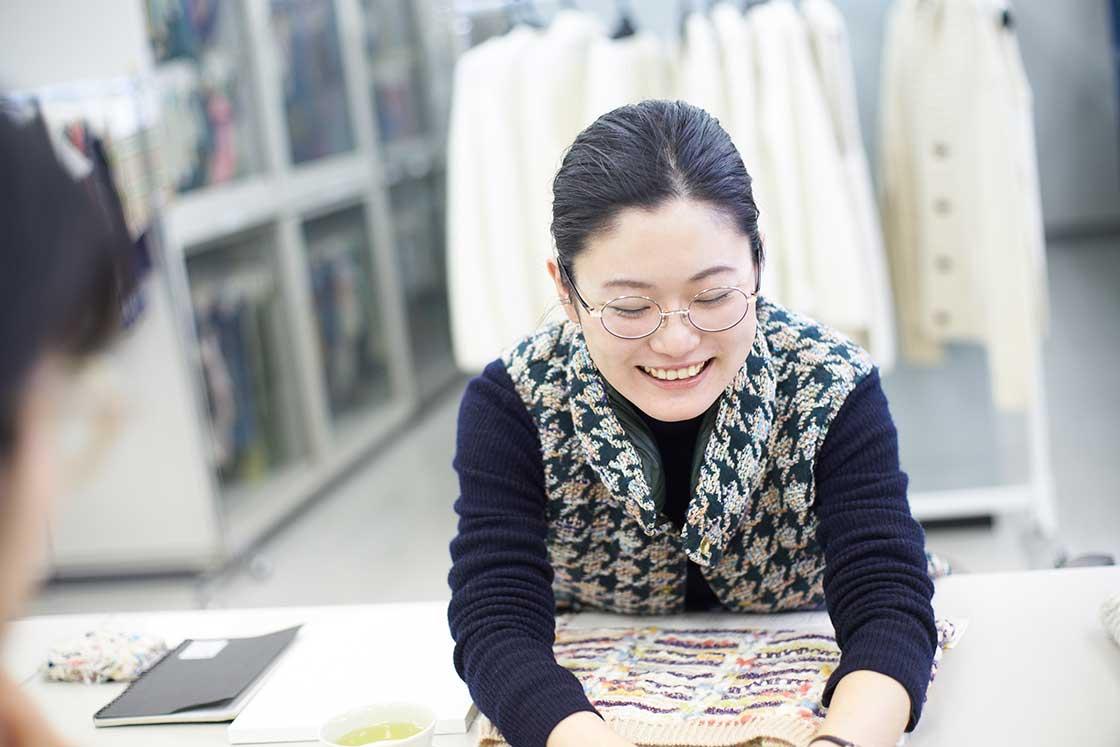 米富繊維の営業・渡邉あゆみさんが当時のことを教えてくれた