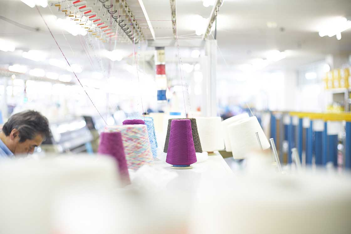 米富繊維の編み機