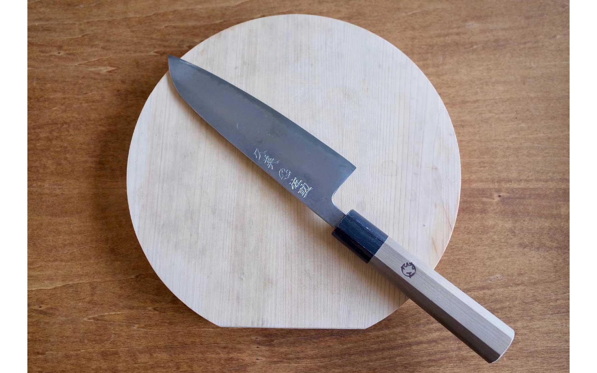 「鋼の包丁」の魅力とは。料理好きおすすめの1本からお手入れ方法まで