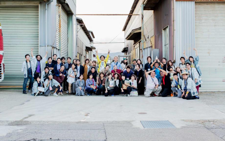 職人が案内する人気の工場ツアー。400年の工芸都市・高岡で今年も開催!