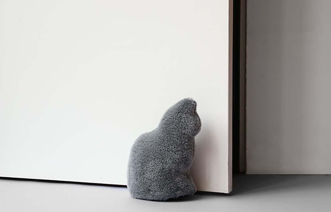 猫型ドアストッパー