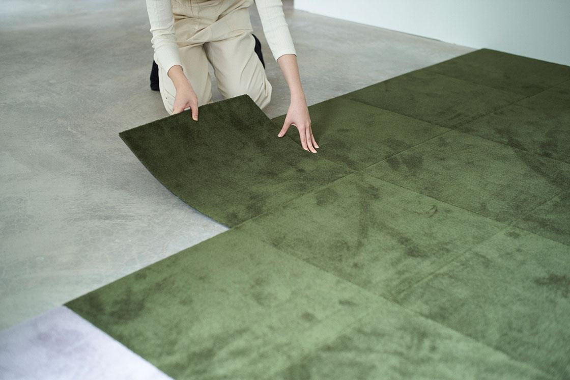 DIYタイルカーペット「WOOLTILE(ウールタイル)」