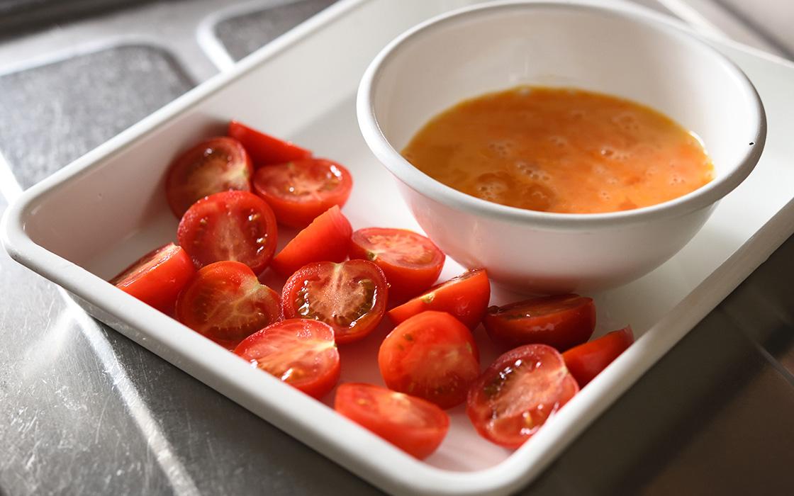 材料:トマトと卵