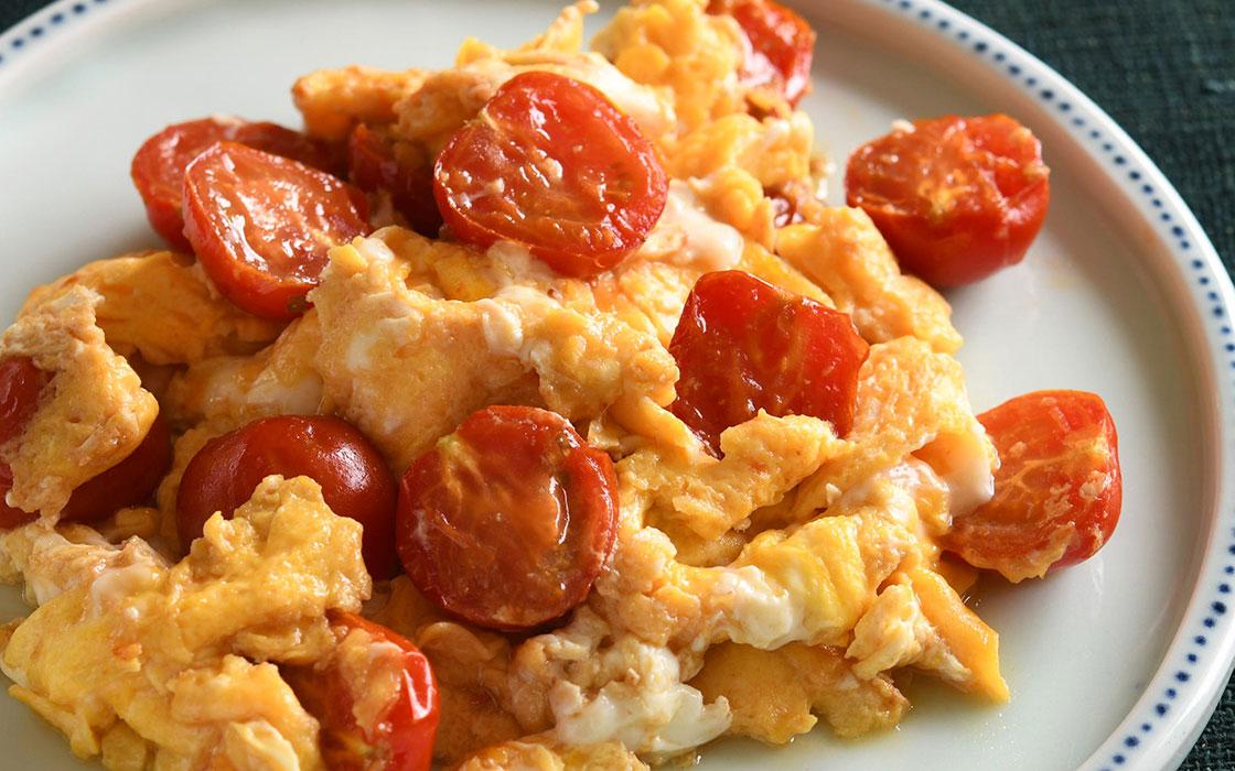 トマトと卵の炒め物