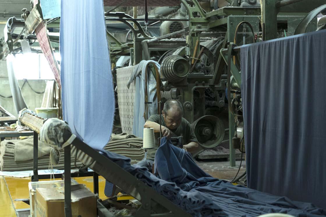 起毛師歴60年のベテラン職人
