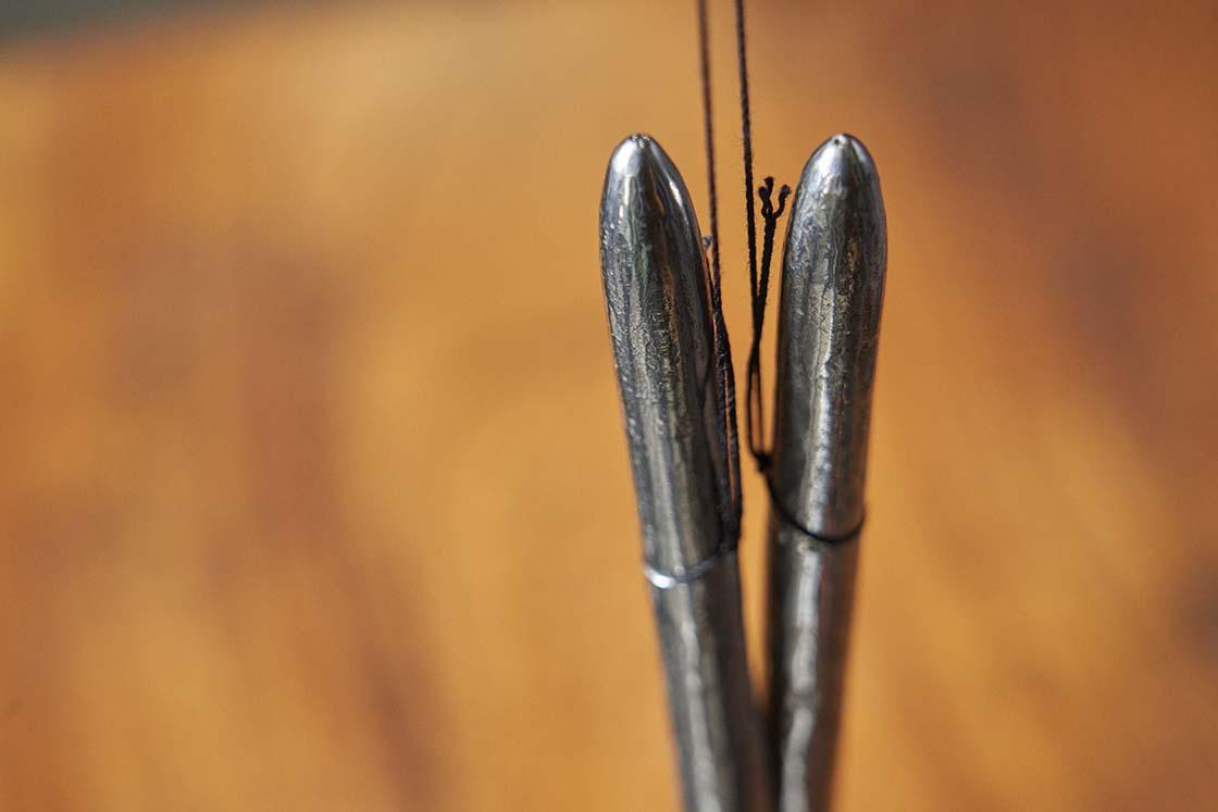 玉鋼で作られた火箸