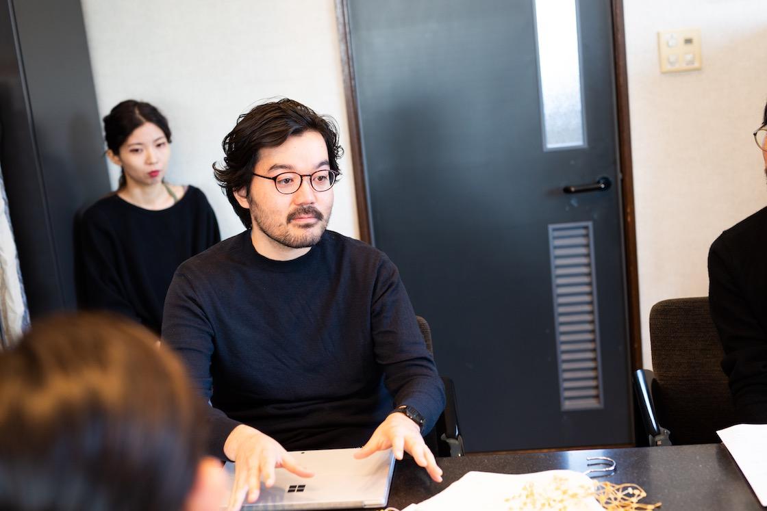営業課長の新井 大樹さん