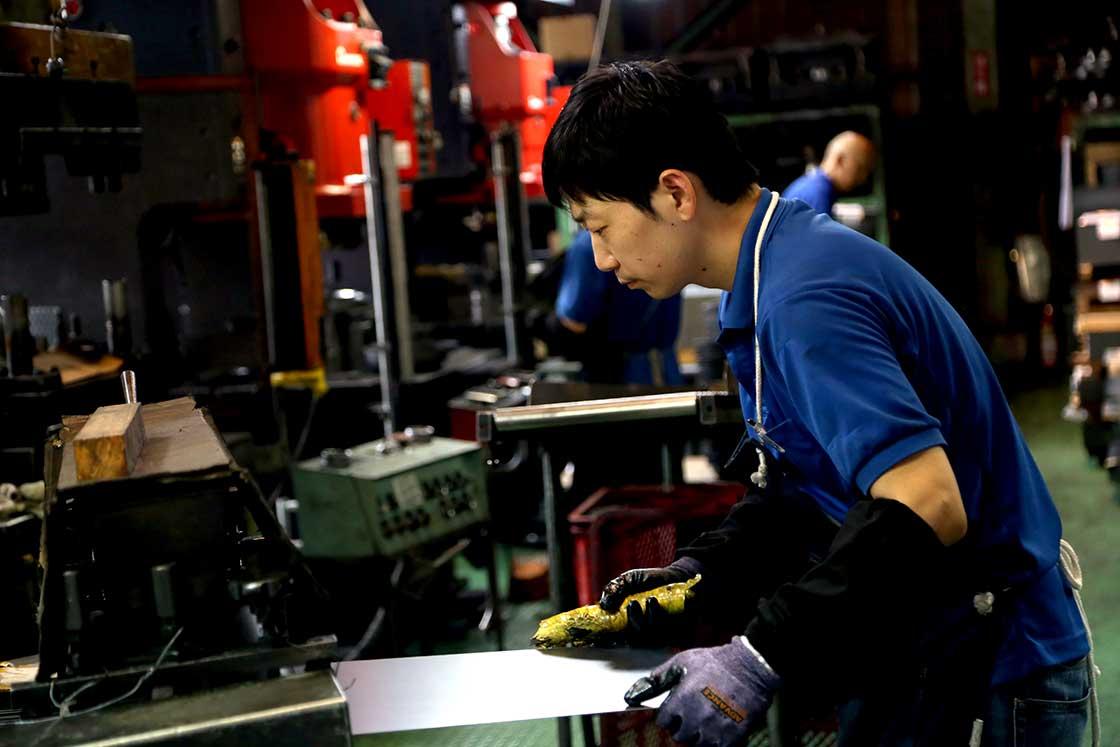技術力のある工場への発注は年々難しくなっている