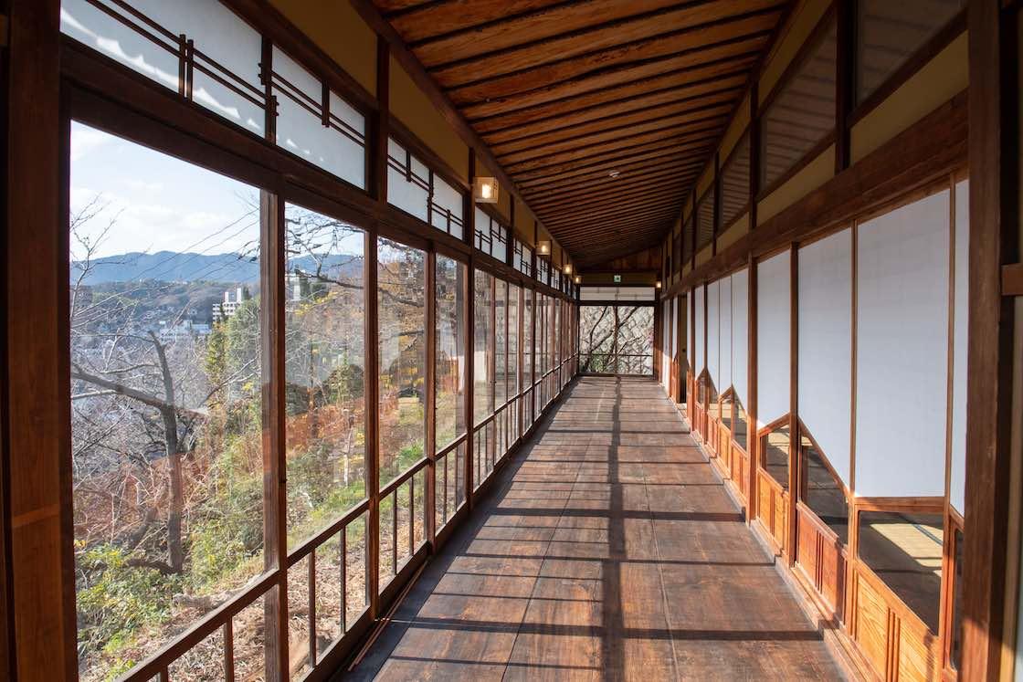 松翠園渡り廊下